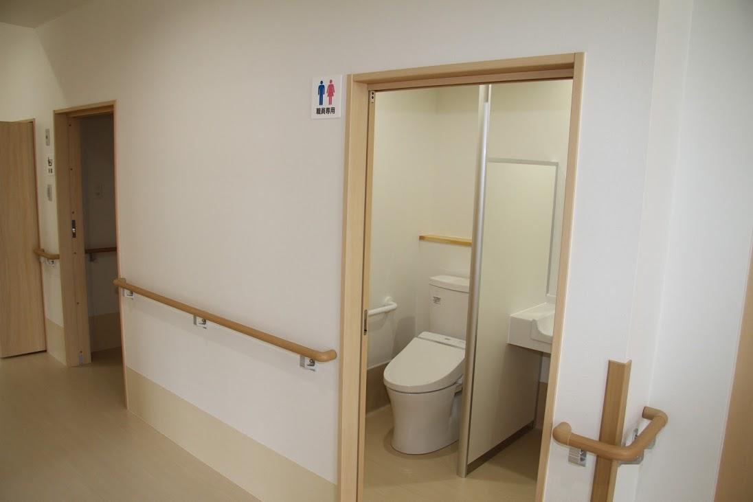長崎サービス付高齢者向け住宅エターナルフォレスト1号館 トイレ